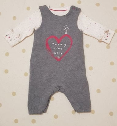 Mothercare outfit 3